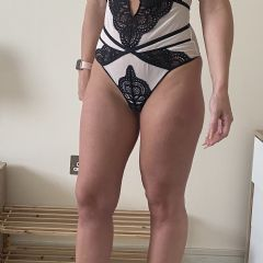 Welsh_Brunette Cardiff Bay Wales CF10  British Escort