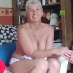 Lady Rose73 Llanwrst, North Wales Coast Wales Ll26  British Escort