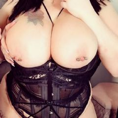 Mia_Milf escort