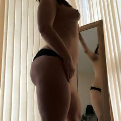 Sweet.Keira escort