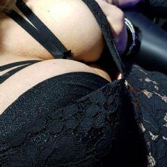 Sexybabe1109 escort