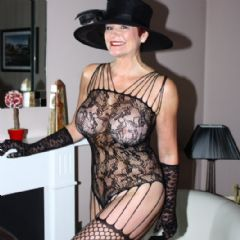 Angela-MILF Birmingham, Solihull, Coventry, Airport West Midlands B92 British Escort