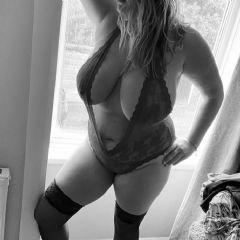 Sexy2shoez escort