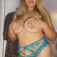 pollyxodolly escort